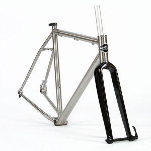 Catalyst V2.0 Titanium Frame & Carbon Fork – Medium
